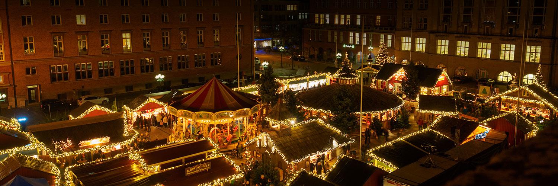 Ausblick über das Kieler Weihnachtsdorf