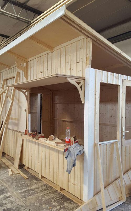 Zusammenbau der Hütten